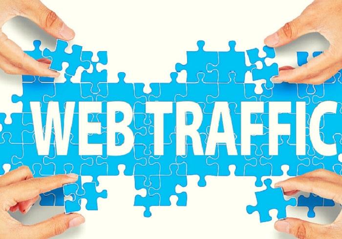 Traffic mô tả số lượt người dùng truy cập và hoạt động trên website
